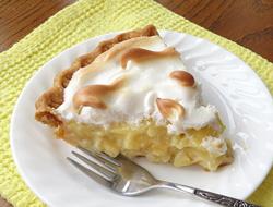 banana_cream_meringue_pie