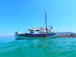 Day-trips-boat-on-Crete
