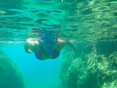 Snorkelling-during-holiday-in-south-europe