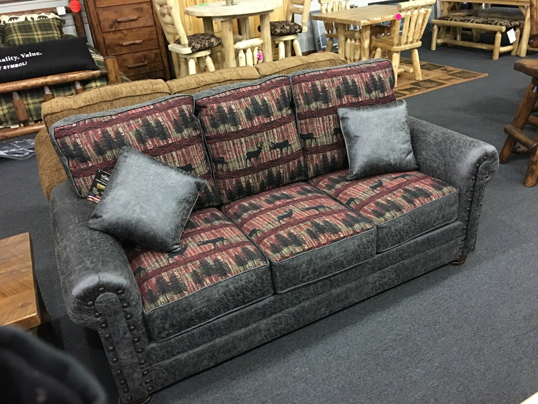 holiday-furnishings-couch-2