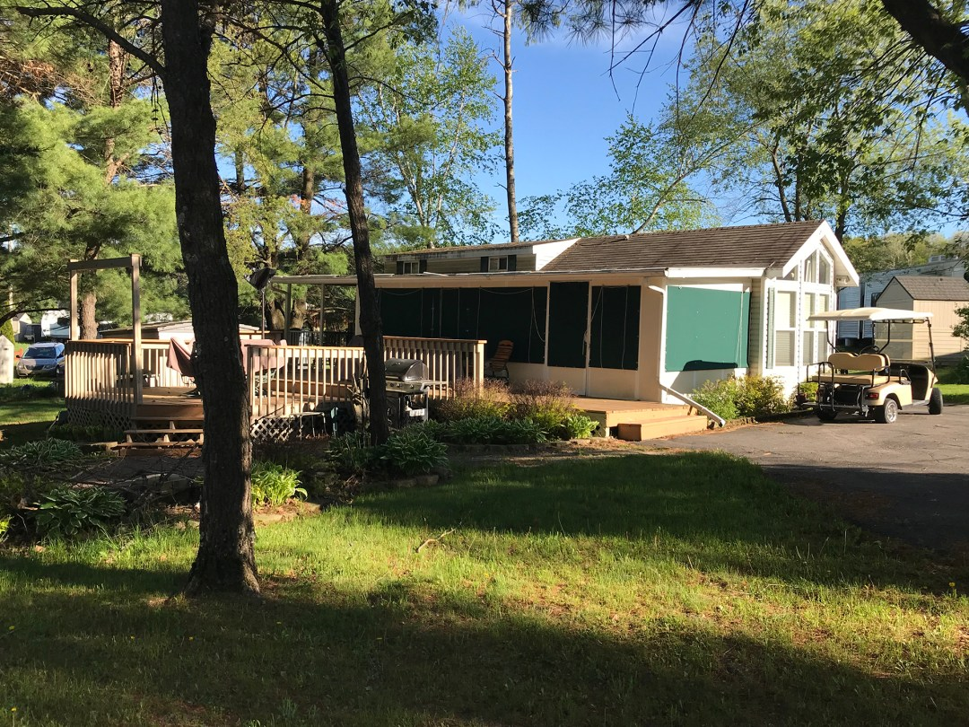 Seasonal & RV Sales - Holiday Shores, Wisconsin Dells, Camping