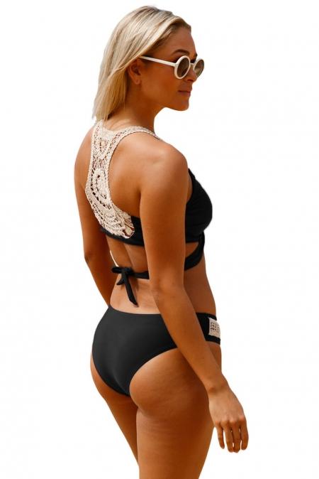 Bikini Zwart Manada met Crochet Witte details achterkant