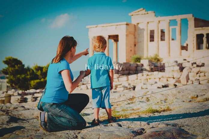 Atina'da Aile Tatili
