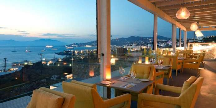 Deniz manzaralı Mykonos restoranları