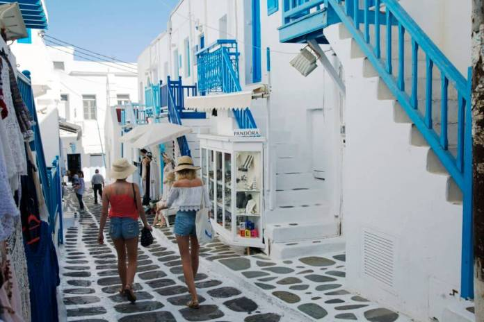 Matoyianni Street, Things to See in Mykonos Town