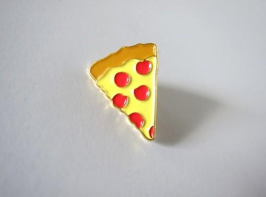 yo-sick-zine-pizza-pin