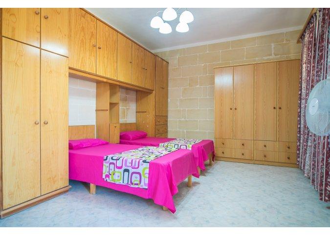 Rel6 6 Bedroom Gozo Santa Lucija 5 Bathrooms Air