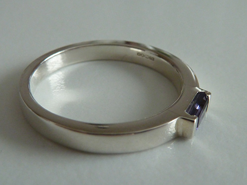 Hebridean Jewellery Iolite Silver Ring