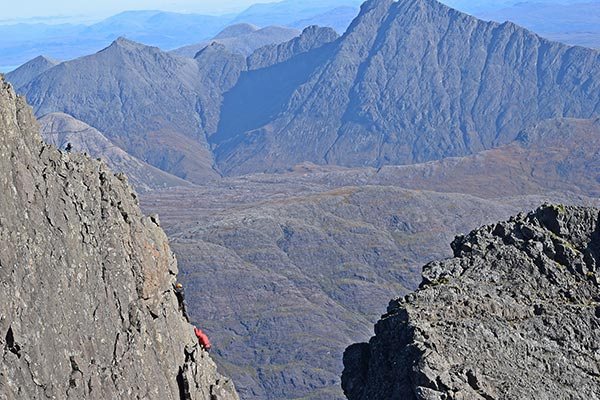 Things to do on the Isle of Skye: On the Inn Pin shoulder on Sgurr Dearg, halfway through the climb