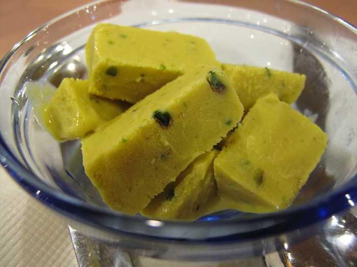 Kolkata Street Food - 20 mouth watering places for street food in Kolkata