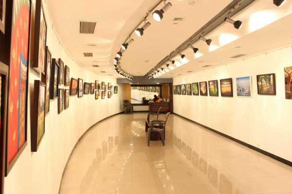 Art Galleries In Mumbai Lovers - Holidify