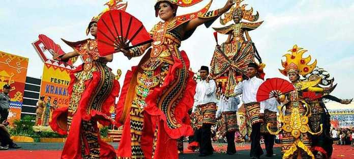18 Festivals In Indonesia That Bring Out Its National Colours