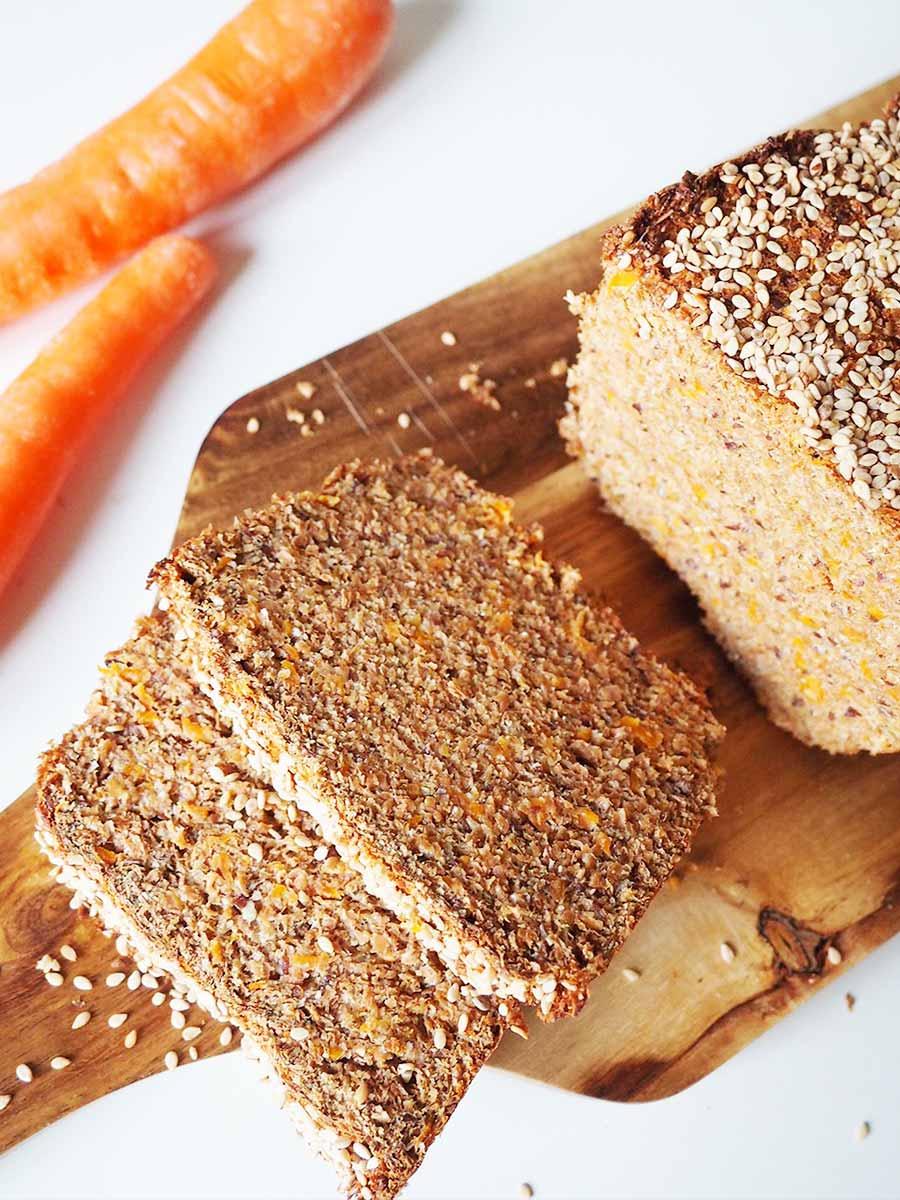 Eiweißbrot mit Möhren Rezept