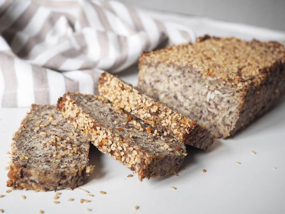 Veganes Life Changing Bread: Das glutenfreie Saatenbrot ohne Nüsse