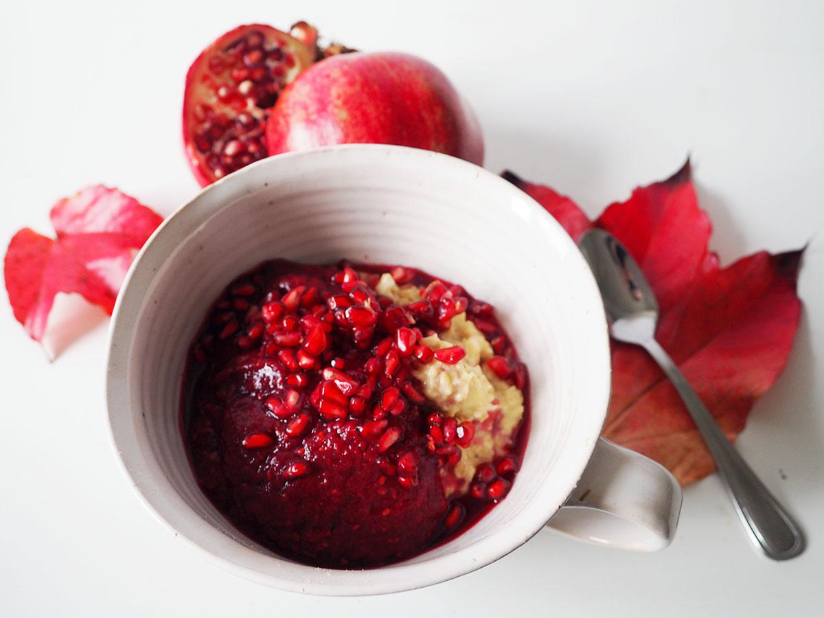 Porridge Rote Bete und Granatapfel