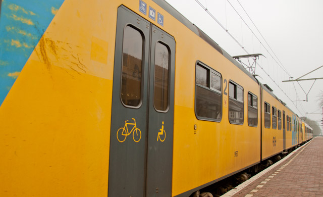 holland cycling com rail