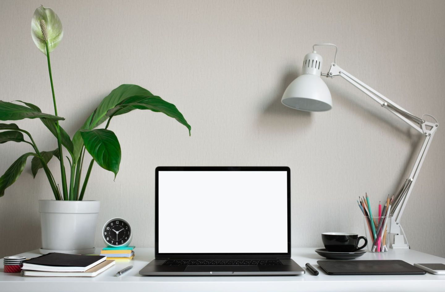 4 Working From Home Tips That I LIVE By| Lifestyle