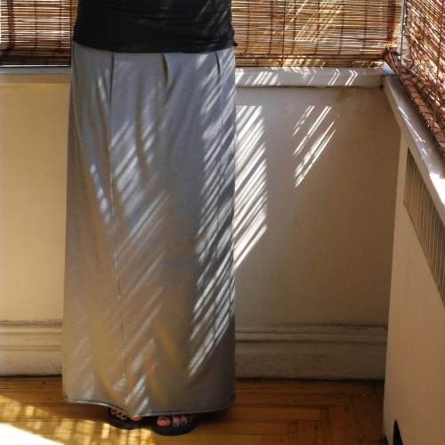 easy-grey-maxi-skirt-2