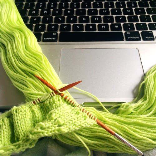 knitting directly from a skein of yarn
