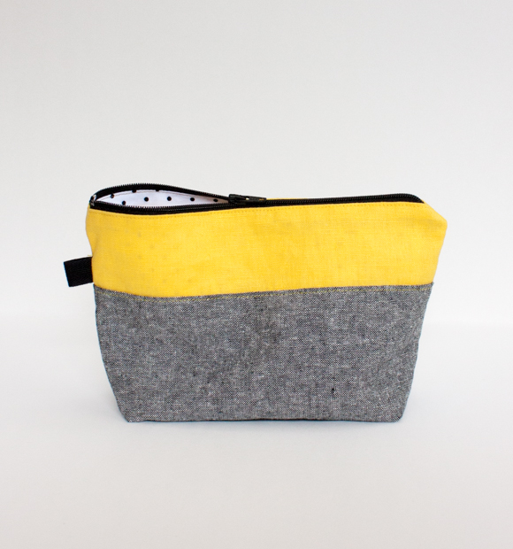 Holly McBride Workshop   Zippered Pouch Class - Learn how to install a zipper and sew a small color-blocked bag!   hollymcbride.com