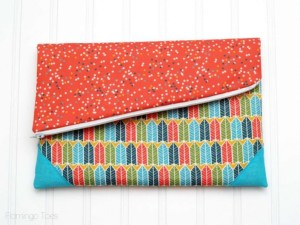 fold-over-clutch-2-795x596