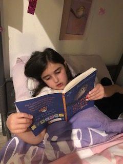 Reading (5)