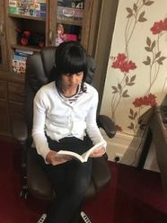 Reading (8)
