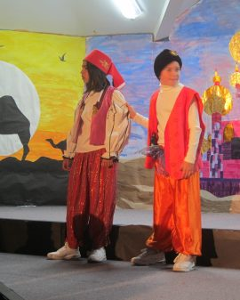 Aladdin Cast B (4)