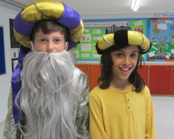 Aladdin Cast B (6)