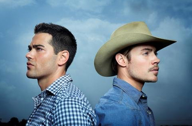 Jesse Metcalfe (as Christopher Ewing, left) Will Watch His Back Versus Josh Henderson (John Ross Ewing) on the New 'Dallas'