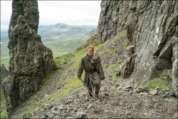 king arthur legend of the sword with Charlie Hunnam