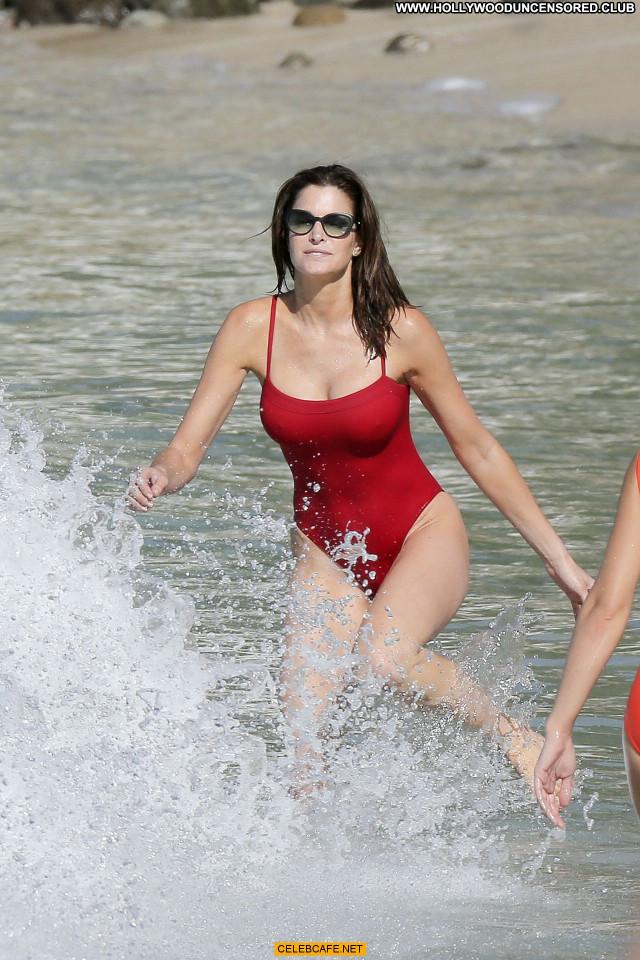 Stephanie Seymour The Beach Posing Hot Beach Sexy Babe Sex Beautiful