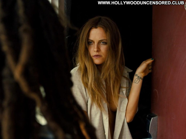Riley Keough American Honey Celebrity Skinny Sexy Sensual Small Tits