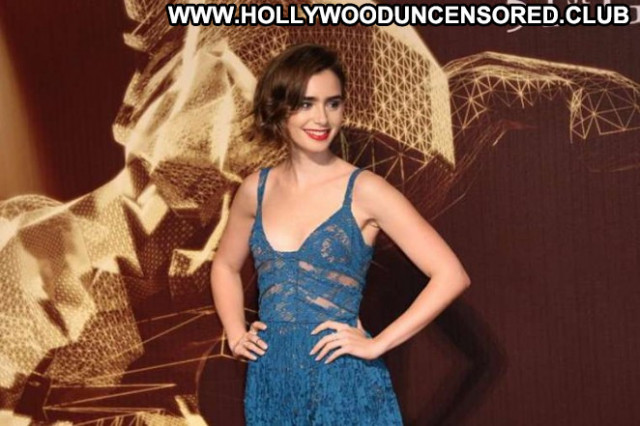 Lily Collons Taiwan Awards Beautiful Paparazzi Posing Hot Babe