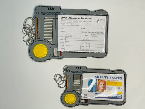 multi-pass fifth element vaccine card holder
