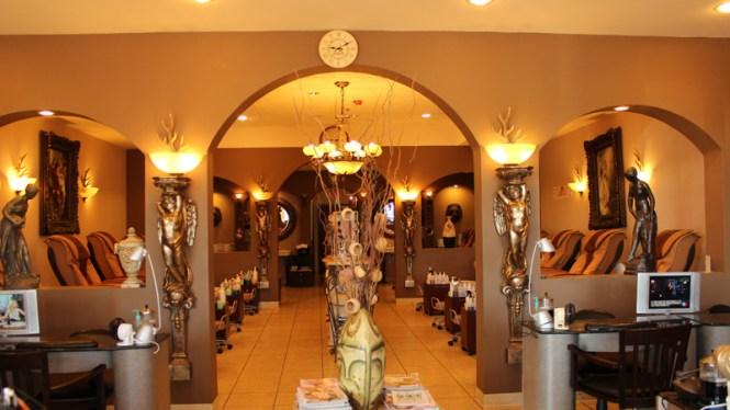 Lauius Salon