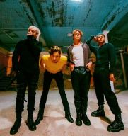 5 Seconds Of Summer 'were robbed' of #1 spot on US charts