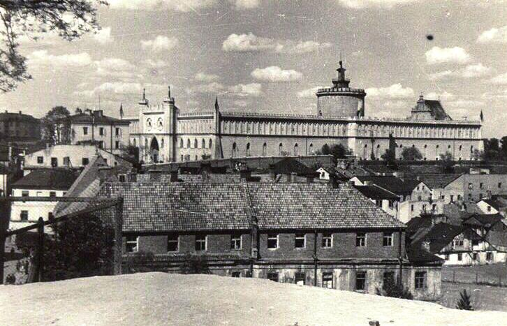 Image result for lublin castle ww2