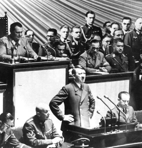 hitler speech style Goebbels discusses hitler's rhetorical  a gifted speaker has his individual style  we saw and experienced the führer as a speaker at the party rally.