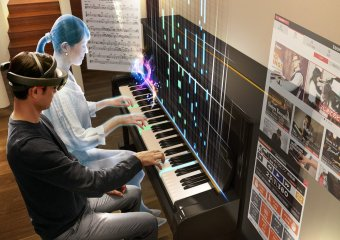 hologramme piano