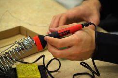 Hand fixing AC