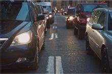 B2B PR photography Eagle Couriers cars in traffic by Holyrood PR Edinburgh