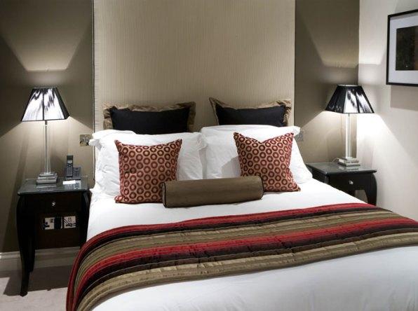 01-Bedroom