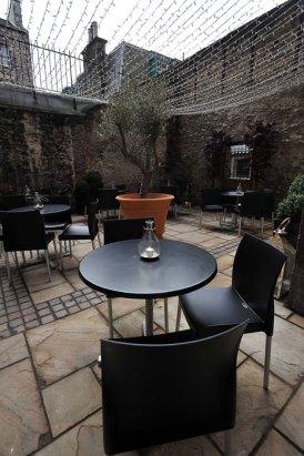 Courtyard at Divino Enoteca