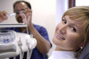 01-Dentist-at-Work