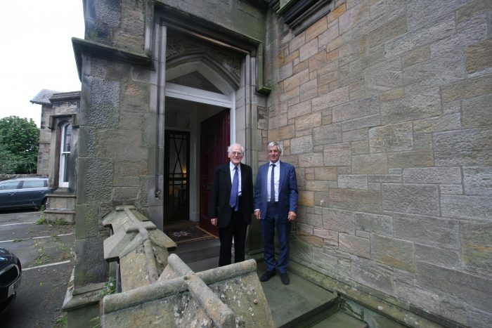Peter Aitken (L) with Peter Boyd (R)