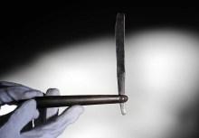 Vintage cut throat razor
