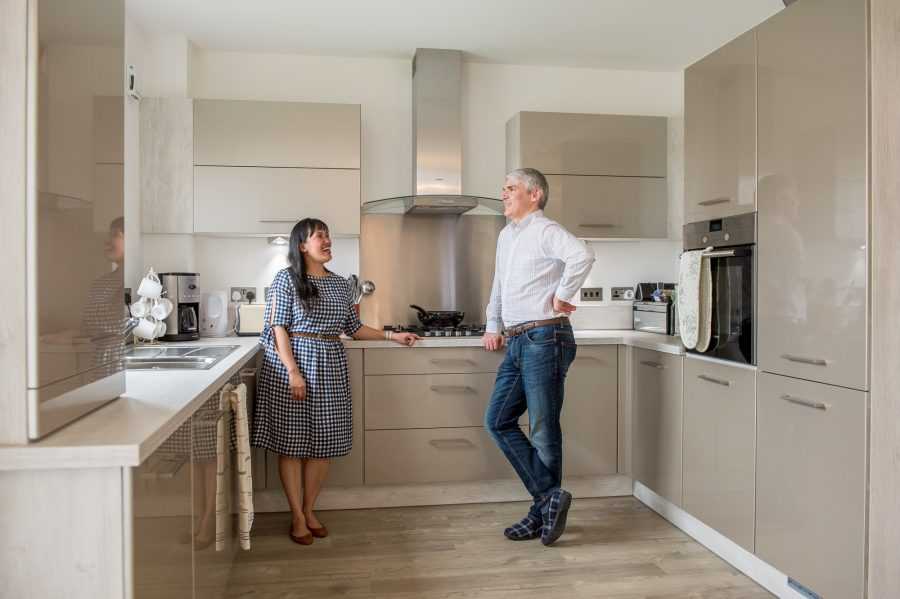 Robert and Jennifer show of their new kitchen