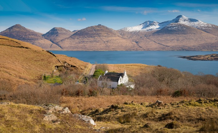 Bell Ingram's stunning Creach cottage on the Isle of Mull for sale- Property PR