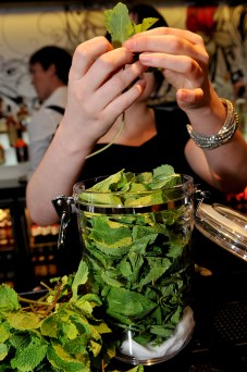 Hyde Out style bar food and drink PR